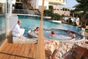 Outdoor whirlpools of the Hotel Erika